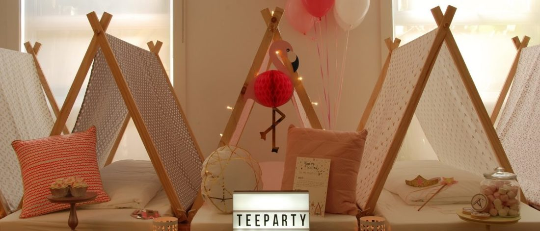 Teeparty teepee sleepover fun
