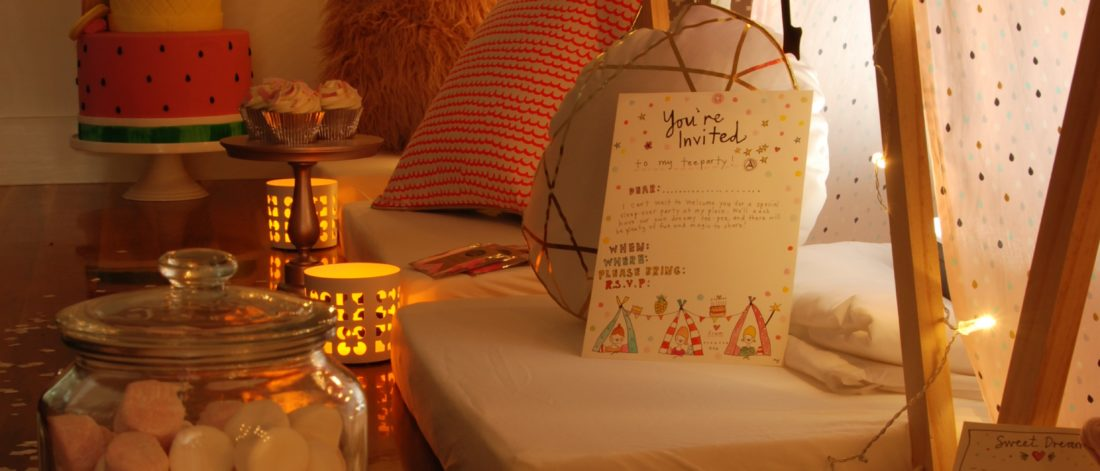 Teeparty teepee sleepover cakes cushions lights and fun